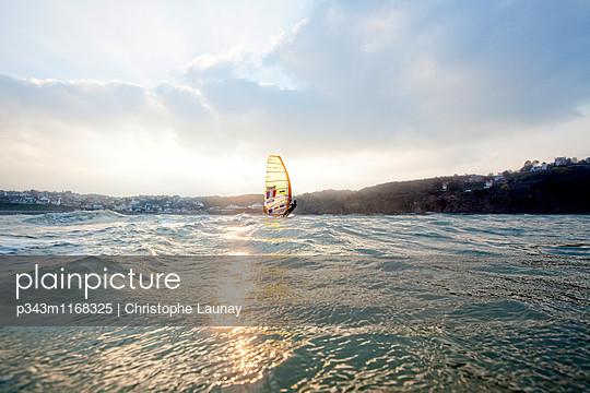 p343m1168325 von Christophe Launay