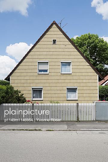 Hausfassade - p1149m1146954 von Yvonne Röder