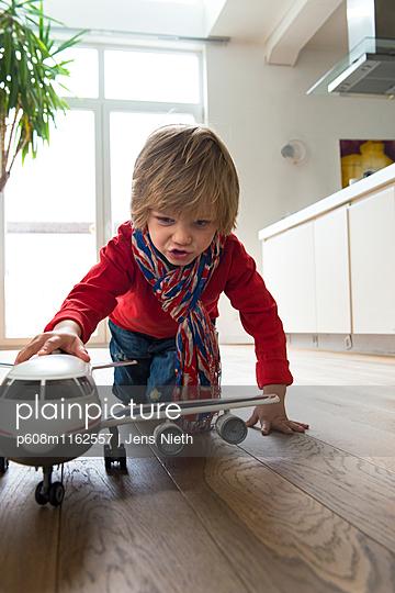 Kindheit - p608m1162557 von Jens Nieth
