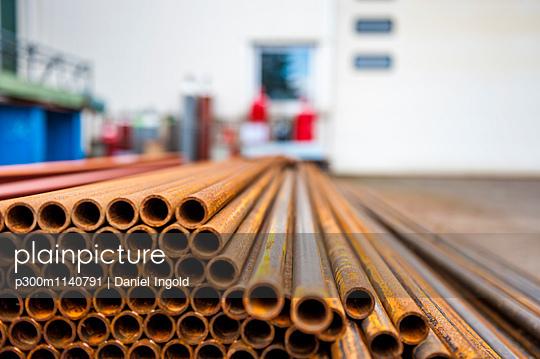 Workshop, steel pipes