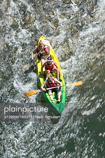 Im Kanu unterwegs - p1292m1169371 von Niels Schubert