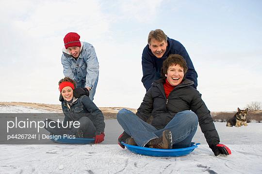 Family enjoying the winter