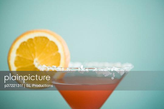 Martini glass with orange slice
