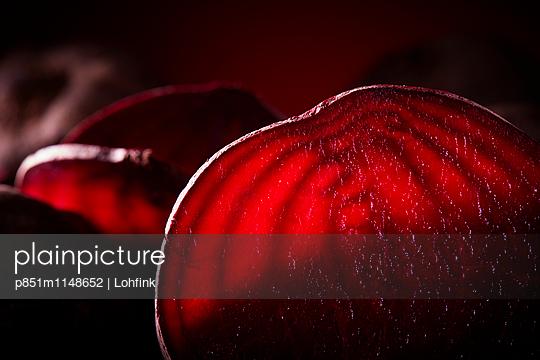 Rote Bete Nahaufnahme - p851m1148652 von Lohfink