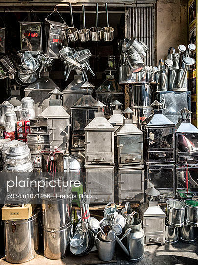 Shop of metal goods along Hang Thiep street known for metal products in Hanoi\'s Old Quarter, Vietnam, Southeast Asia