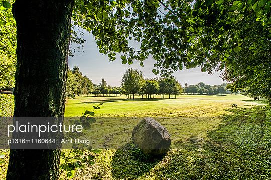 Golfclub, Niedersachsen, Norddeutschland, Deutschland - p1316m1160644 von Arnt Haug