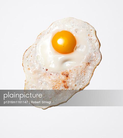 Spiegelei, Ei, Essen, Nahrung, Lebensmittel - p1316m1161147 von Robert Striegl