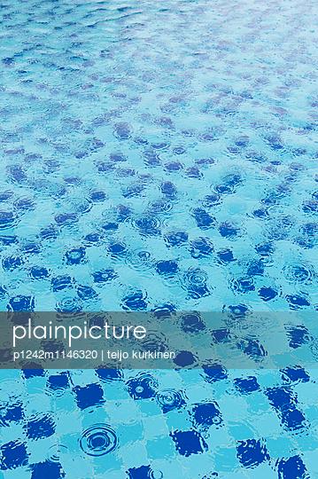 Pool - p1242m1146320 von teijo kurkinen