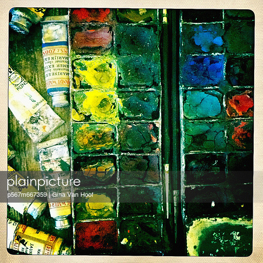 Box of water-colours