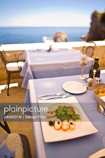 Meal at outdoor restaurant, Atlas Club, Nautika-Dubrovnik, Croatia, Europe