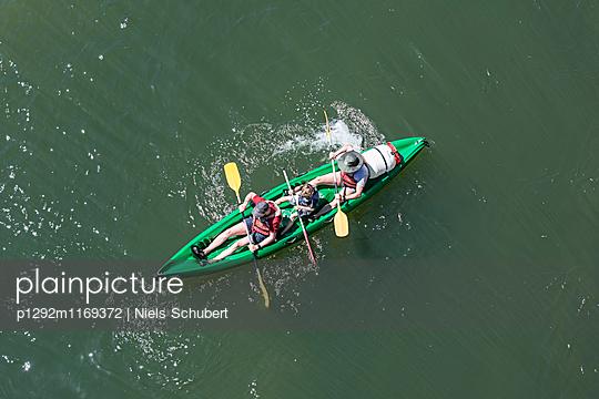 Drei Kanuten unterwegs - p1292m1169372 von Niels Schubert