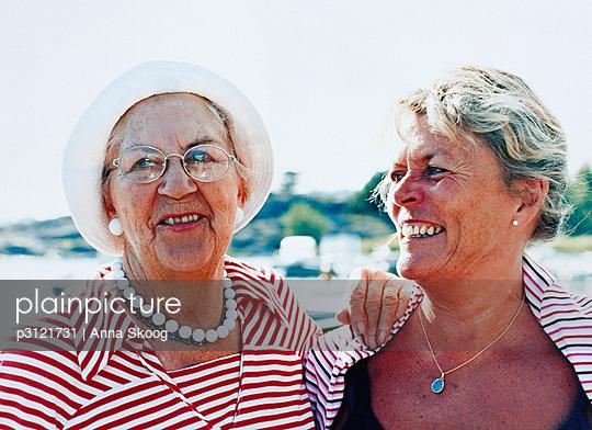 Woman-friends