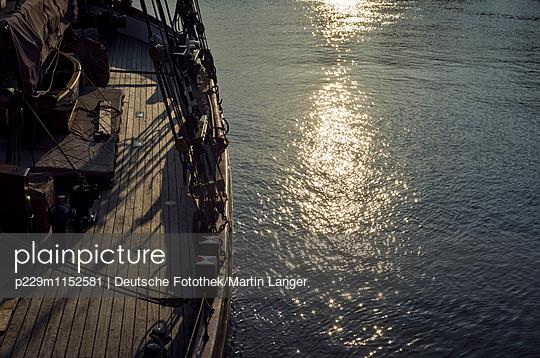Segelschiff - p229m1152581 von Martin Langer