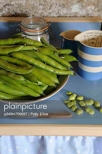 Fresh beans on kitchen worktop