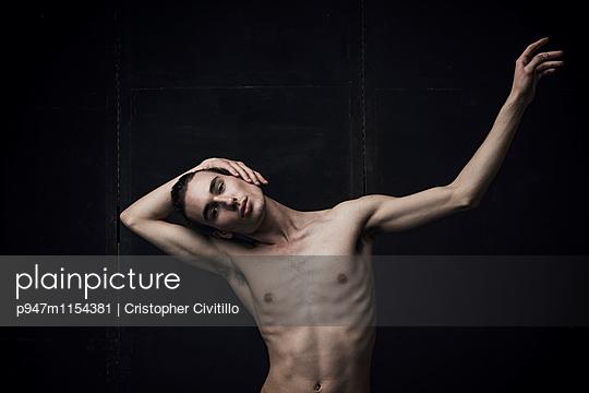 Tänzer - p947m1154381 von Cristopher Civitillo