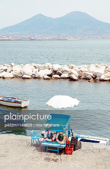 Boote in Neapel - p432m1149605 von mia takahara