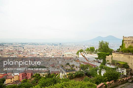 Blick über Neapel - p432m1149607 von mia takahara