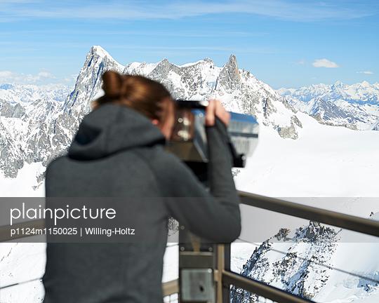 Fernsicht auf der Aussichtsplattform Aiguille du Midi - p1124m1150025 von Willing-Holtz