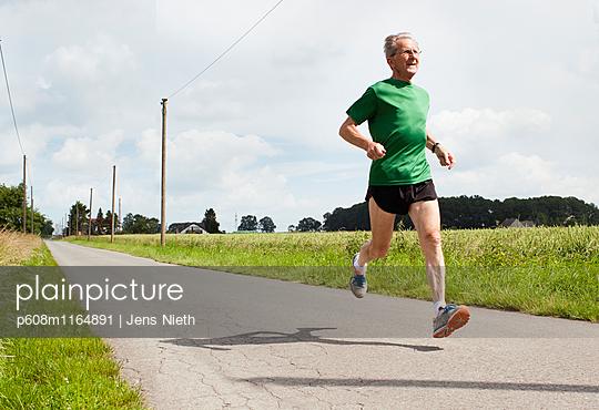 Running - p608m1164891 von Jens Nieth