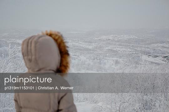 Winterszenerie über dem Nordpolarkreis - p1319m1153101 von Christian A. Werner