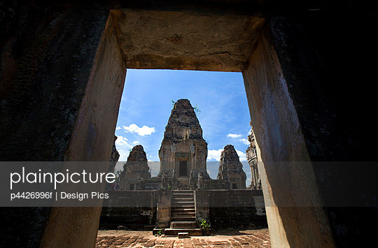 Temple ruins in the ancient city of Angkor Wat, Northwestern Cambodia