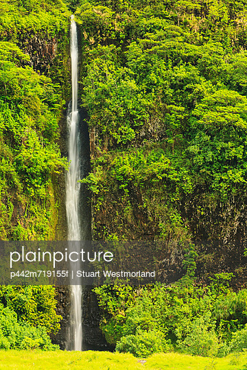 Faarumai waterfall; tahiti nui society islands french polynesia south pacific