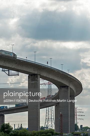 Köhlbrandbrücke - p229m1154799 von Martin Langer
