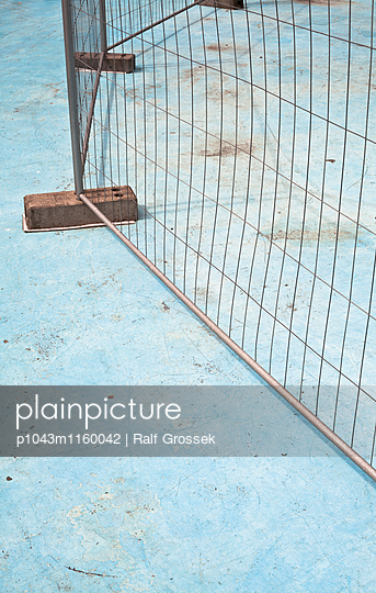 Pool - p1043m1160042 von Ralf Grossek