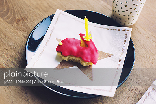 Small cake with birthday candle