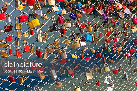 Austria, Salzburg, love padlocks at Makartsteg