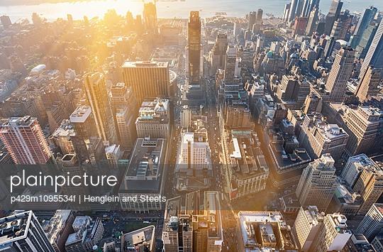 High angle cityscape of mid town Manhattan toward Hudson River, New York, USA