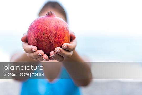 Granatapfel - p1076m1158578 von TOBSN