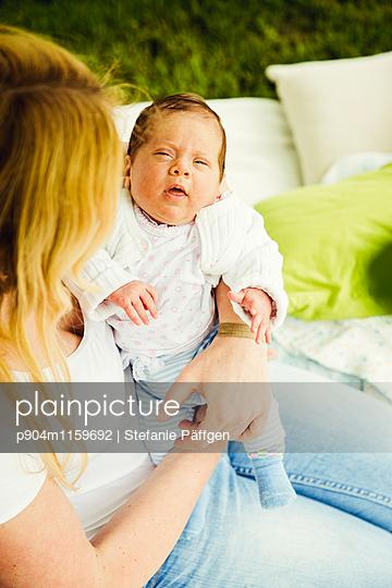 Mutter und Kind - p904m1159692 von Stefanie Neumann