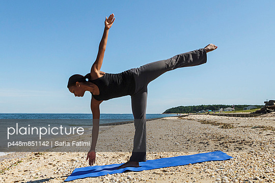 Yoga at the beach I