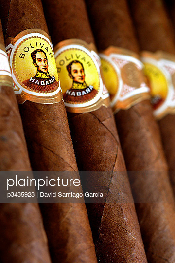 PURE BOLIVAR, Cigars