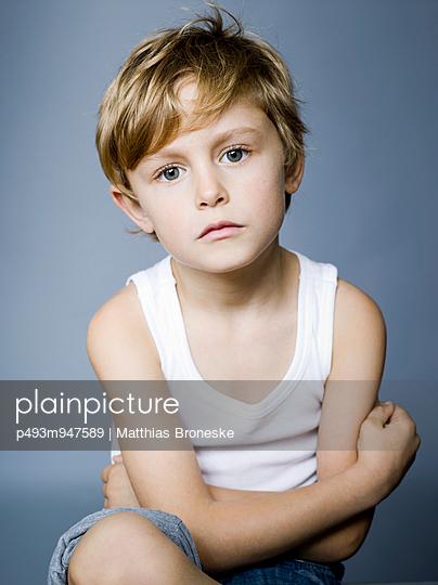 Bildagentur plainpicture - plainpicture p493m947589 - Portrait eines ...