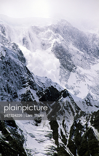 An avalanche of loose snow, Passu, Pakistan.