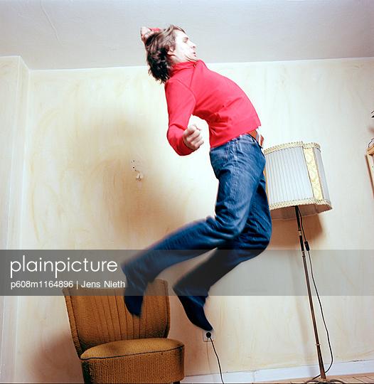 Jump - p608m1164896 von Jens Nieth