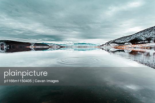 p1166m1150405 von Cavan Images