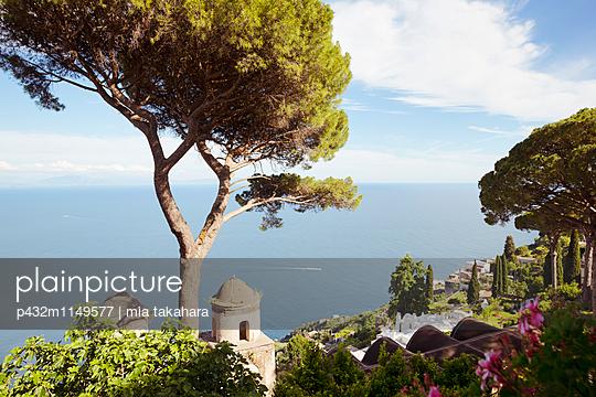 Blick auf Golf von Salerno - p432m1149577 von mia takahara