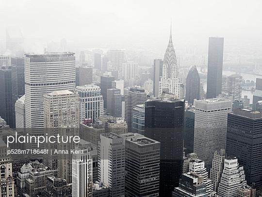 High angle view of Manhattan skyline