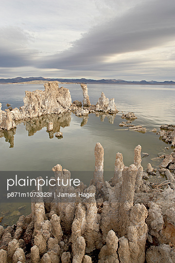 Tufa formations, Mono Lake, California, United States of America, North America