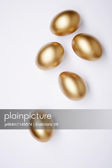 goldene Eier - p464m1145874 von Elektrons 08