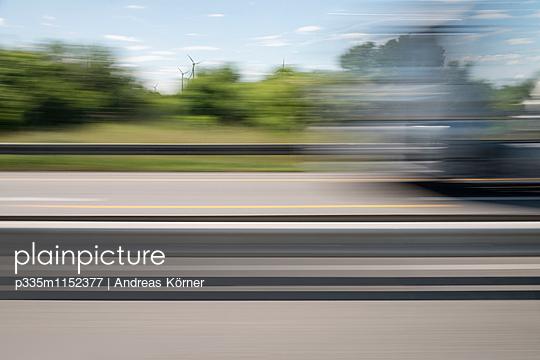 Geschwindigkeit - p335m1152377 von Andreas Körner