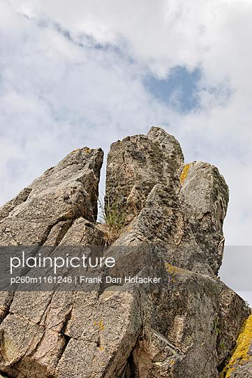 Spalte in einem Felsblock - p260m1161246 von Frank Dan Hofacker