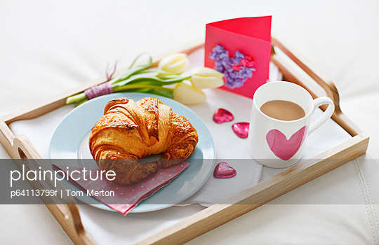 Valentine\'s Day breakfast tray