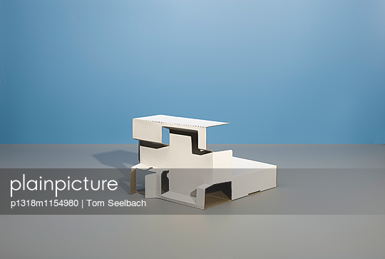 Architecture of wasted Fantasy - p1318m1154980 von Tom Seelbach