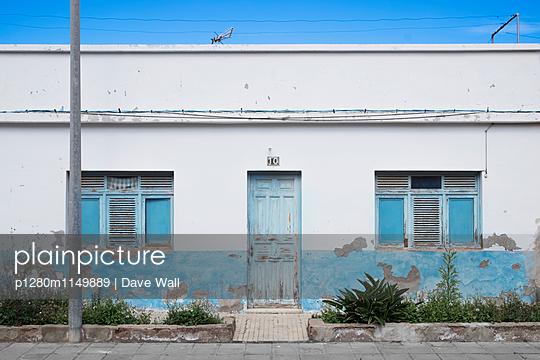 Verlassenes Haus, Spanien - p1280m1149889 von Dave Wall