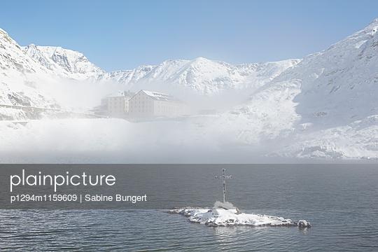 Grosser Sankt Bernhard Pass - p1294m1159609 von Sabine Bungert