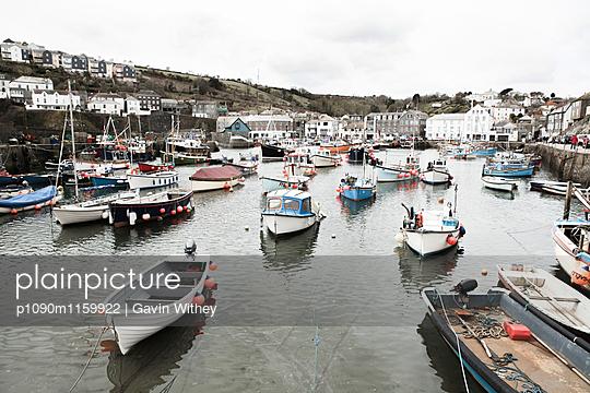 Fischerhafen - p1090m1159922 von Gavin Withey